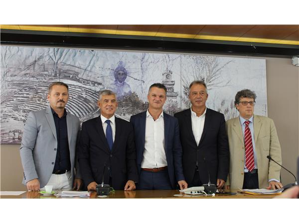 Αυτό είναι το νέο Προεδρείο του Περιφερειακού Συμβουλίου Θεσσαλίας και τα νέα μέλη της Οικονομικής Επιτροπής