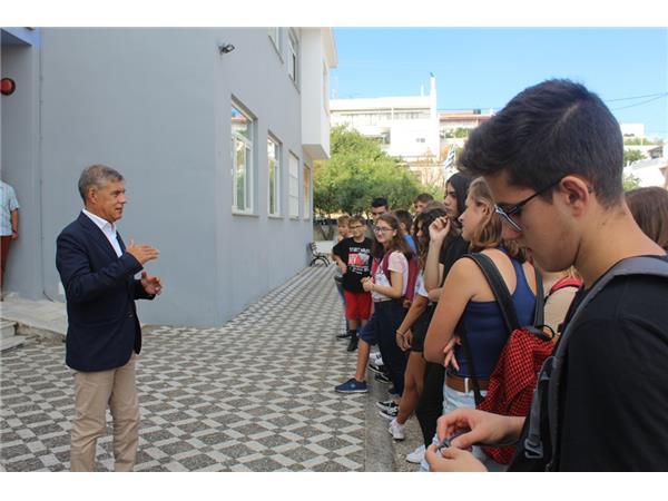 Μήνυμα Κώστα Αγοραστού από τον αγιασμό σχολείων στην Αλόννησο
