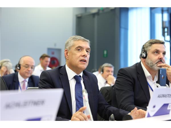 """Ο Κώστας Αγοραστός στην Ολομέλεια της Επιτροπής των Περιφερειών της Ευρώπης: """"Πολιτικές για τους πολλούς, για να διαφυλάξουμε το ευρωπαϊκό όραμα και ιδεώδες"""""""
