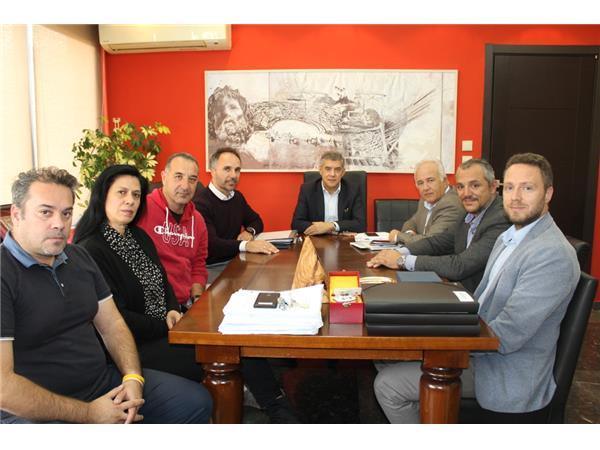 Συνάντηση του Περιφερειάρχη Θεσσαλίας με το νέο Δ.Σ. του ΕΑΚ Λάρισας