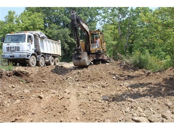 Καθαρίζονται από την Περιφέρεια Θεσσαλίας 14 ρέματα στο Δήμο Τεμπών