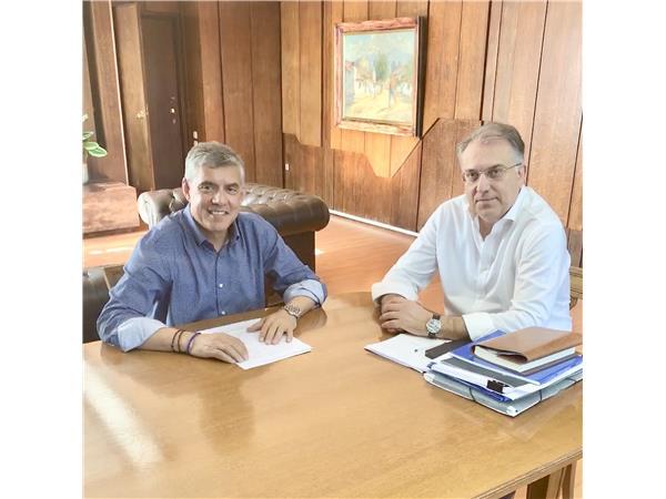 Επικοινωνία του Περιφερειάρχη Θεσσαλίας Κ. Αγοραστού με τον Υπουργό Εσωτερικών Τ. Θεοδωρικάκο για τις πληγείσες από την κακοκαιρία περιοχές της Θεσσαλίας